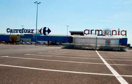 Ce a dus la moartea celui de-al treilea mall din România şi ce pierderi îşi vor asuma creditorii