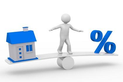 Imobiliarele: un domeniu în care profitul vine cu riscuri mari