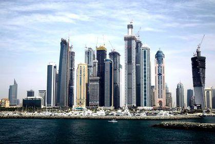 Criza a inversat polii imobiliari în Dubai: clientul dictează, proprietarul ieftineşte
