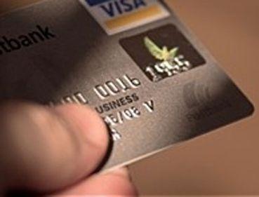 Volksbank România lansează cardurile de debit cu cip