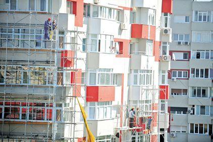 Guvernul contraatacă: Tranzacţiile cu apartamente şi clădiri, nule fără certificatul energetic
