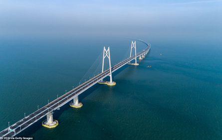 China a inaugurat cel mai lung pod maritim din lume