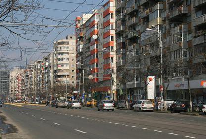 Zona Moşilor, locul ideal pentru cei care vor apartamente sau case, noi sau vechi, ieftine sau scumpe