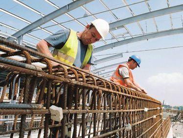 Primele cinci luni din 2011 au adus o scădere a numărului de autorizaţii de construire