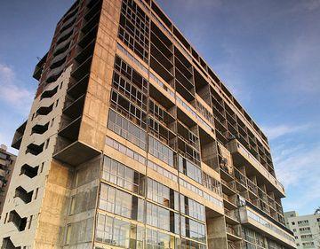 Cele mai mari falimente din Bucureşti: City Mall şi Blue Tower