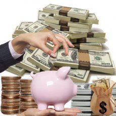Românii au învăţat să fie responsabili cu banii lor: 60% dintre ei preferă să economisească ani la rând, decât să ia un credit