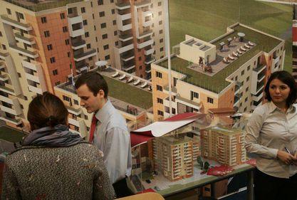 Cine este românul care îşi permite să-şi mai cumpere casă