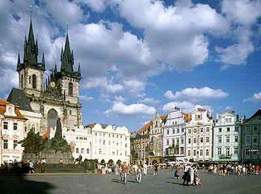 O vacanţă fantastică la preţuri accesibile? Încearcă Praga!