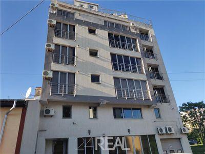 Apartament 3 camere 138 mp