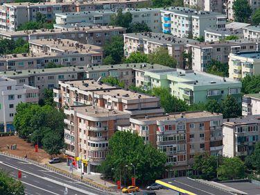 ZF Index Imobiliar în S1: Preţurile la trei camere, minus 1,2%