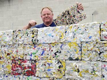 Case din plastic reciclat: ieftine, ecologice, rapide și rezistente