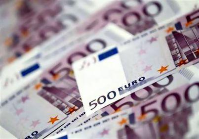 Grecii nu îşi mai pot achita ratele la bănci. Instituţiile financiare au de recuperat sume record