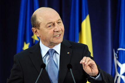 Băsescu: 2017, anul ideal pentru adoptarea monedei euro