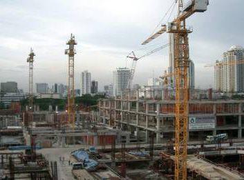 Construcţiile de locuinţe au scăzut cu aproape 40% faţă de anul trecut