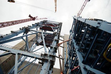 INS: Sectorul construcțiilor, în creștere cu 15%, la început de 2015