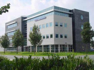 Peste 750.000 mp spaţii de birouri ar putea deveni vacante în Bucureşti în perioada 2012-2014
